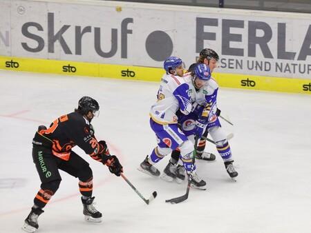skruf on ice
